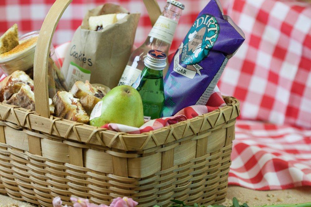picnic basket 1-183.jpg