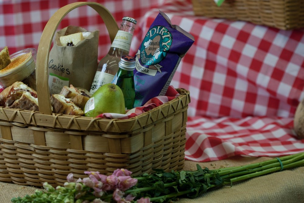 picnic basket 1-184.jpg