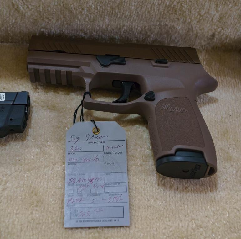 SIG Sauer P320 .40