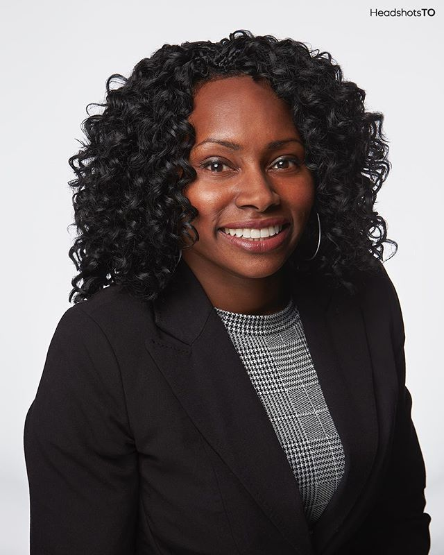 Playing double-duty is never an easy task, but that doesn't stop Felicia Samuel from sharing her beautiful smile and positivity to the world. . Find her hitting the streets as she is currently an Ontario NDP Candidate for Scarborough Rouge Park - so keep an eye out for her! . For more info visit www.HeadshotsTO.com or email info@headshotsto.com . . . #headshotsto #toronto #torontoheadshot #torontoheadshots #headshotphotographer #headshotphotography #torontoheadshotphotographer #toronotheadshotphotography #torontophotographer #headshots #headshot #corporateheadshot #corporateheadshots #headshotstoronto #torontophotography #torontoheadshotphotography #torontobusiness #profilepic #studio311 #lookyourbest #torontoportrait #canon1dx #broncolorsirosl #broncolor #canoncanada #torontobusinessheadshot #torontolife #blogto #betterwhenyoutether