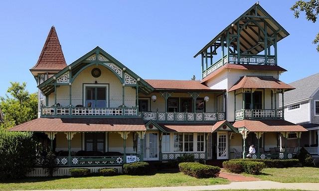 Tucker House - Historic restoriation