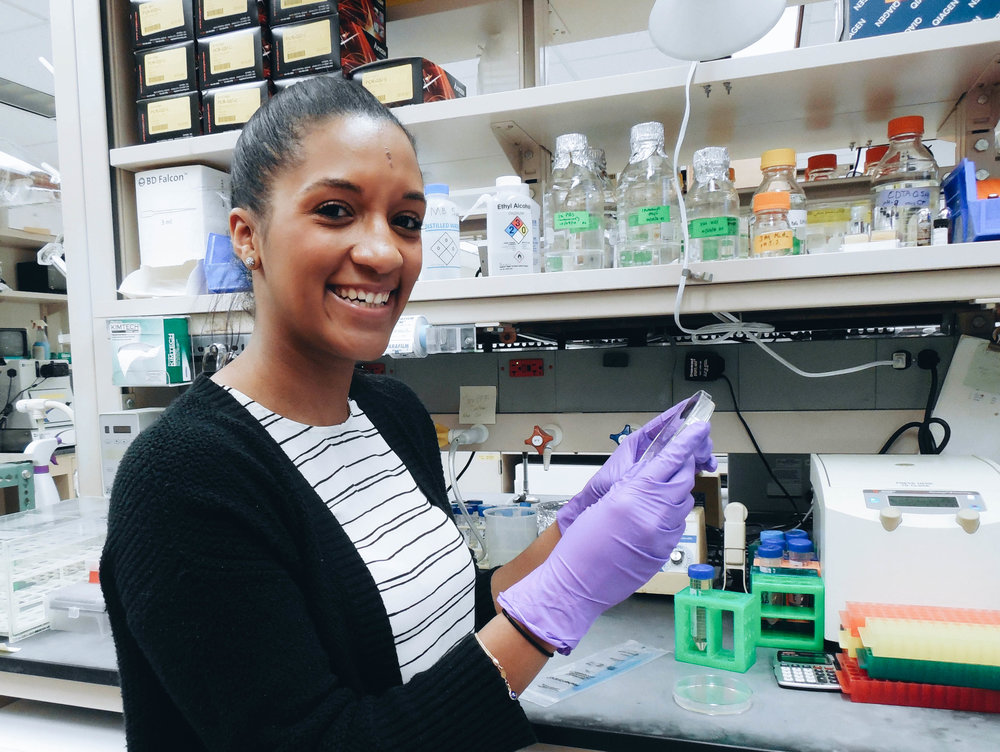 Noele Certain - Graduate student, Graduate Program in Molecular and Cellular PharmacologyCell Biology of ionotropic glutamate receptors