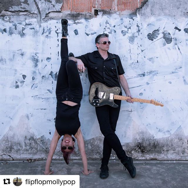 #Repost @flipflopmollypop with @get_repost ・・・ Jen & Anthony Live music by donation and Vinyasa Flow @montroseyogacoop  10am Saturday 4/6 #houstonyoga #montroseyoga #montroseyogacoop 📷: @arexpressions