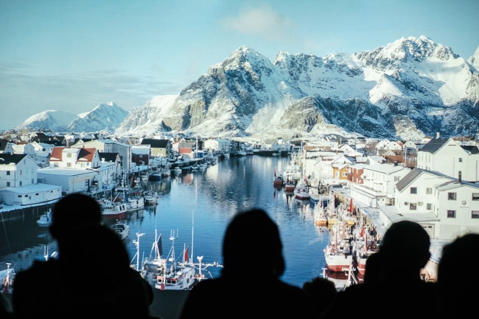 Publikum får innblikk i utviklingen av electronicascenen i Tromsø på 1990-tallet i dokumentaren   Northern Disco Lights .  Foto:Edward Mikrukov