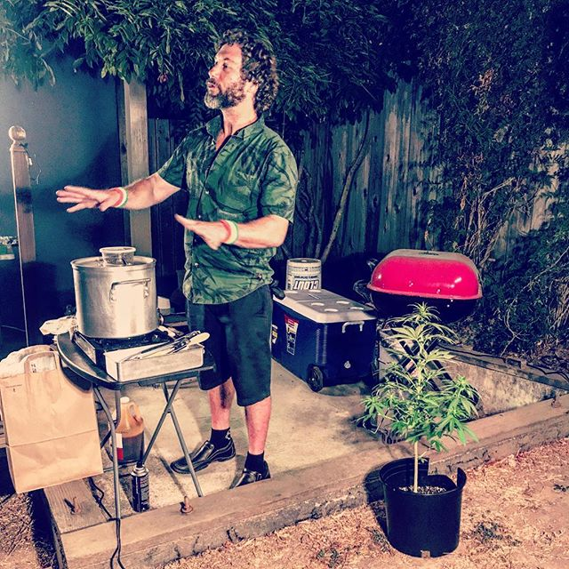 Cannaque with @teachcannabiscooking @liberationfoods. Stay tuned for the next cannabis infused BBQ workshop with Chef @jforiska #Cannaque #CuratedCannabisExperiences #BreakGreen