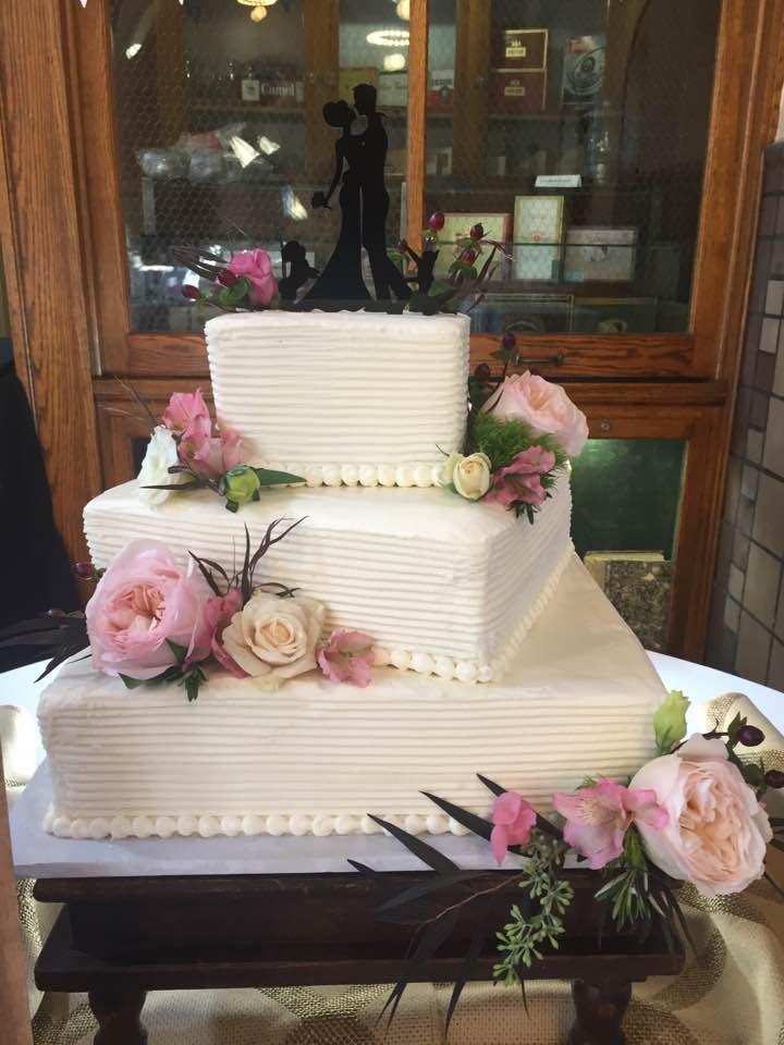 9.15.17-weddingcake3.jpg