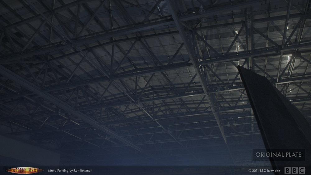 drwho_hangar01_plate.jpg
