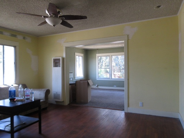Living Room-Before.jpg