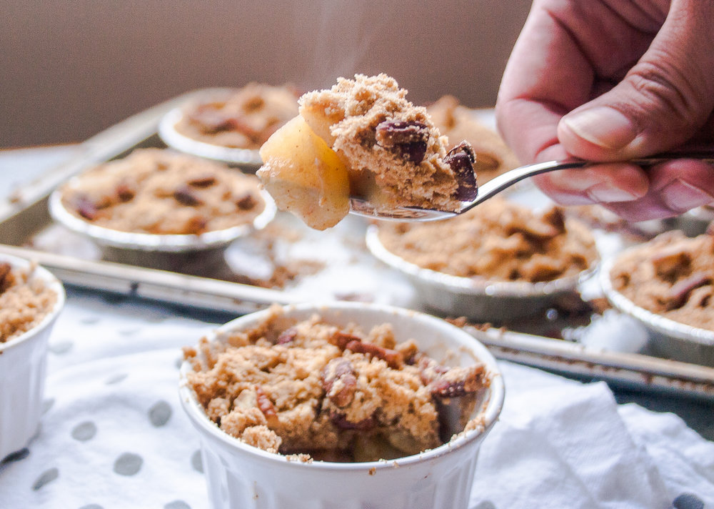 Warm Apple Pecan Crumble