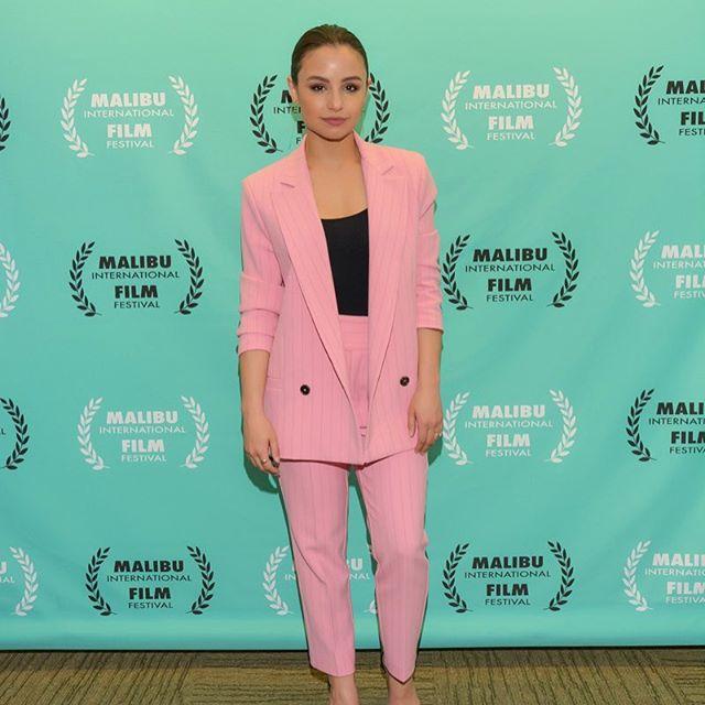 Dylan lead actress Aimee Carrero slays. • • • • • #thedylanfilm #fearyourfriends #indiefilm #indiefilmmakers #thriller #scarymovie #comingtoatheatrenearyou #filmfestivals #festivalrun2018 #filmfestivallife #fearlessfemales #womeninfilm #latinaswholead