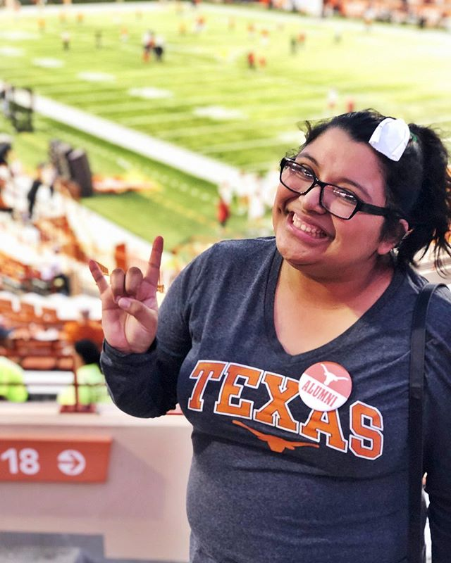 Little did I know that a few hours after this picture was taken that I would be suffering from a sore throat. I had a FUN weekend and now I have to suffer with the consequences. 😂😂 #TexasFight #HookEm