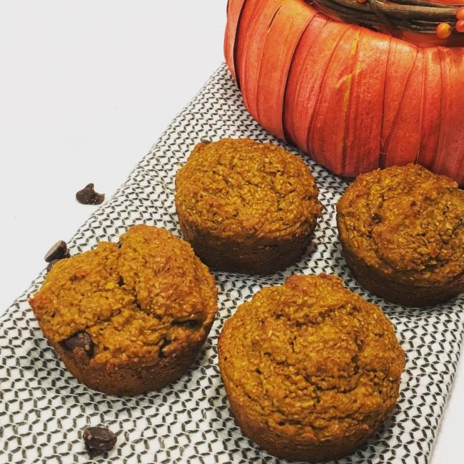 pumpkin-chocolate-chip-buttermilk-bran-muffin