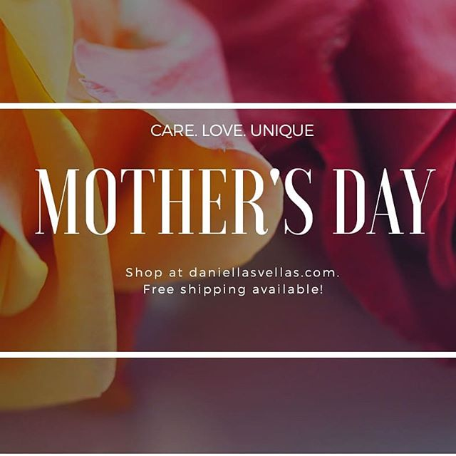 Give your #mom high-quality gifts since she really deserves them. Something close to nature, gift your mom our original and unique @daniellasvellas candles for any special occasion. Shop at: www.daniellasvellas.com and get free shipping today ❣️ #mothersday #momlife #mommyandme #mommy #babylonvillage #therealcoconutcandle