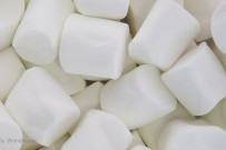 white plain marshmallow -