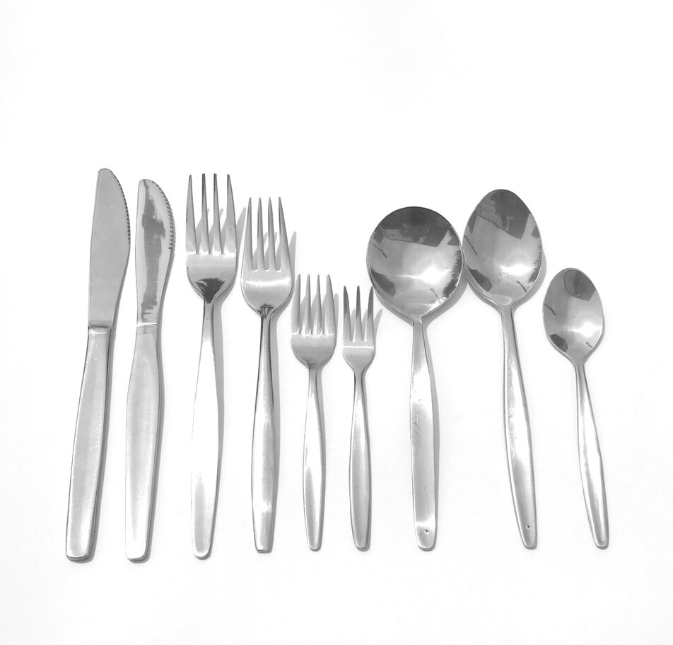 CUTLERY HIRE WARRNAMBOOL.png