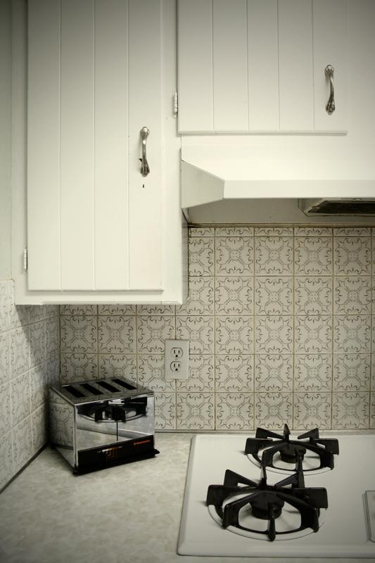 09-The-(not)-new-kitchen-I.jpg