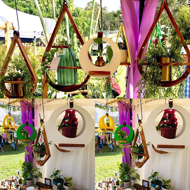 Sunshine, happiness 😊and all the beautiful hanging things @botanicalbazaar 💖💜today #goldcoast #gardenshow #greenthumbs #jungalowstyle #bohostyle #allthebeautifulthings #planthangers #sundays