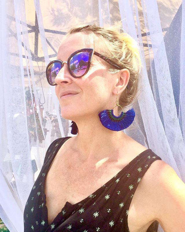 Picked up some statement tassel earrings from @chicha.and.chai 💚💜 #statementjewellery #tassels #marketlife #artisans #stylefiles #bohochic #lovinglife #murrwillumbah @makersandfindersmarket