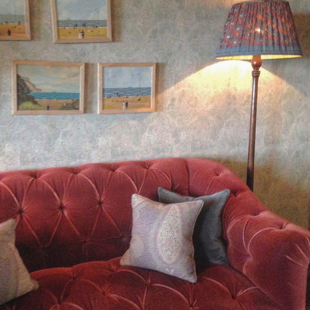 pig sofa.jpg