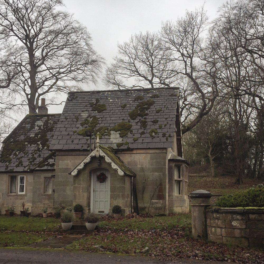 cottage .JPG