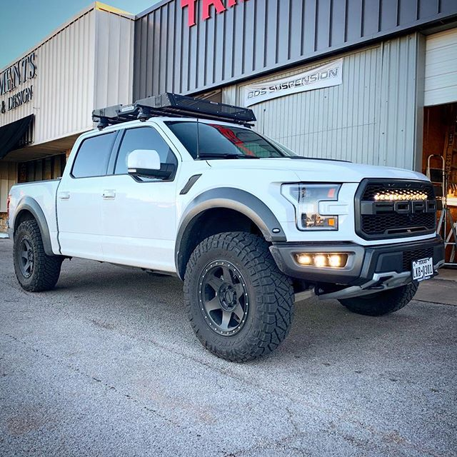 Too much stuff. Check the tags. #gen2raptor #tridentraptor #atxraptors #fordracing #fordraptor