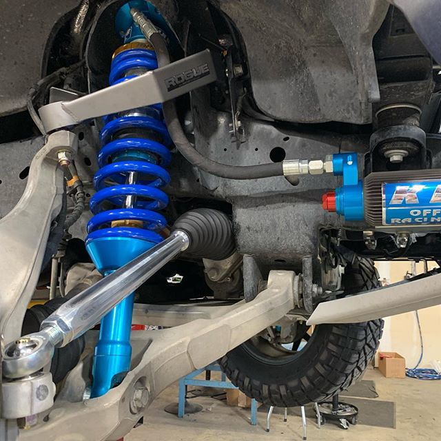L' HEIM! @rogueracingusa UCA's, tie rods, and rear @kingshocks bump stops. #gen2raptor #tridentraptor #fordracing #raptor