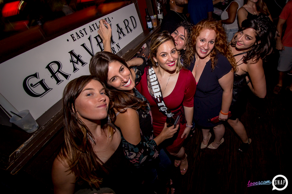 graveyard tavern lovescam 9.2.17 Grace kelly atlanta-6.jpg