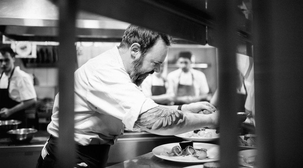 Дэниэл Фиппард - английский шеф ресторана Мыши Бляхера в Днепре