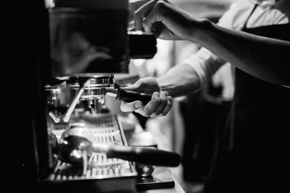 Кофе в Днепре. Ресторан Мыши Бляхера