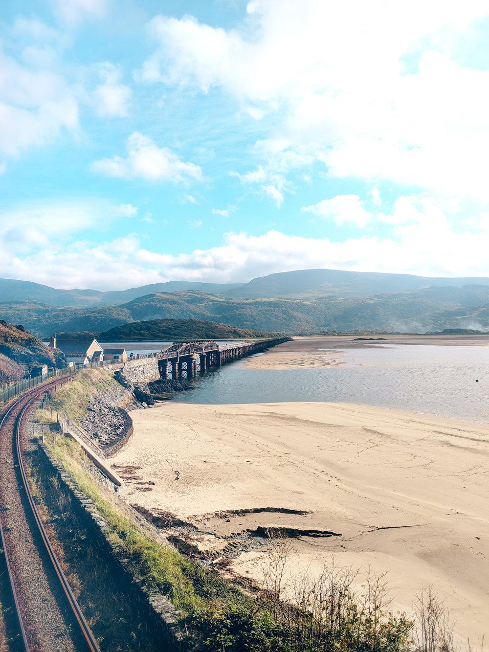 Wales_Portrait1.jpg