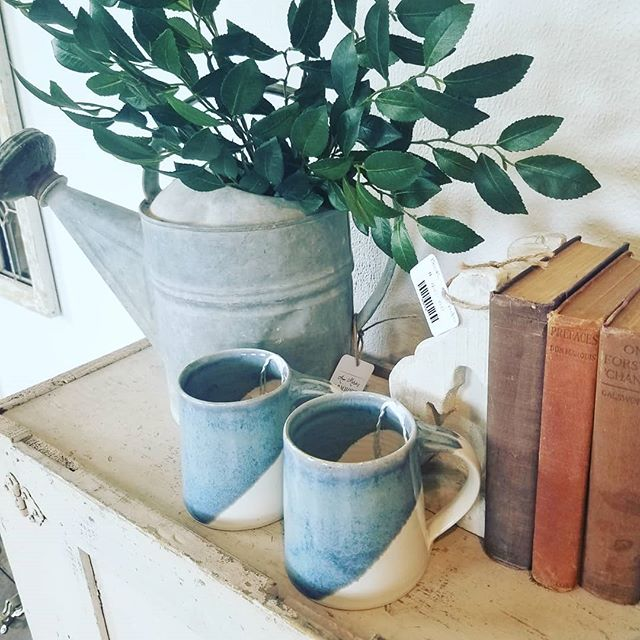 Just stocked up the ADORABLE @annmariesfarmhouse with lots of new goodies. I've got large mugs of varying glazes including my birchwood and rose designs, bowls, and succulent planters all up for grabs! . Later today I'll be going to my niece's first ballet recital and I'm so excited. What are you up to this weekend? 🌿
