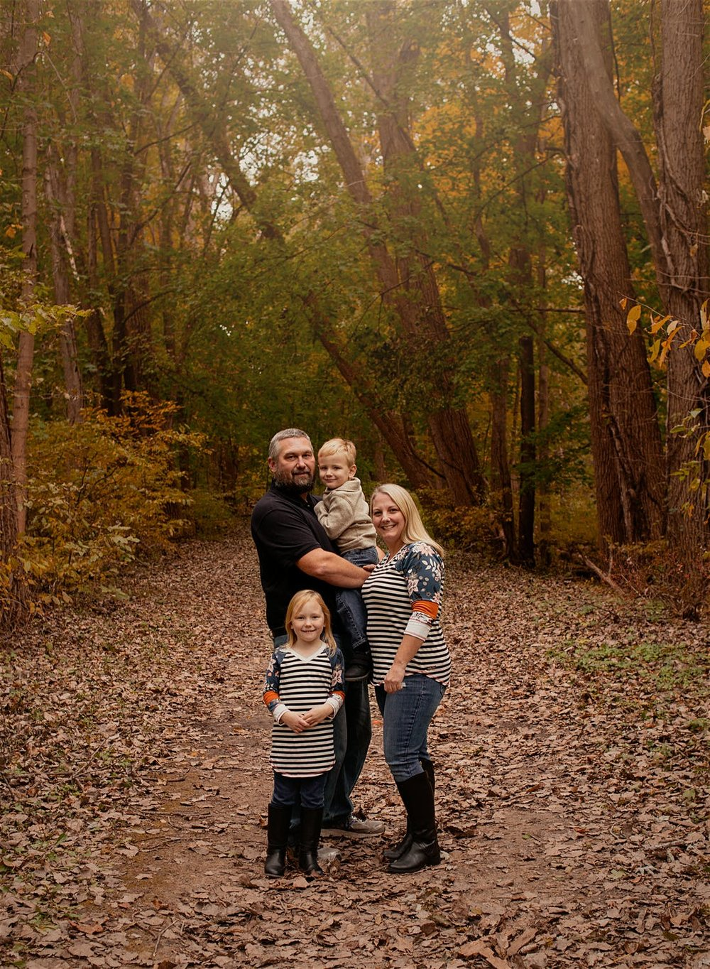 St. Joseph Michigan Fall Family Photography24.jpg