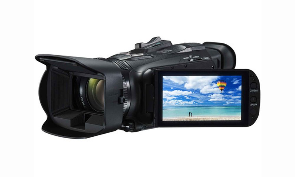 Canon Vixia HF G40 - he Canon VIXIA HF G40 Full HD Camcorderrecords 1920 x 1080p Full HD video at 60 fps in MP4 format. The HF G40 is equipped with a Genuine Canon 20x HD Video Lens and a manual focus ring that can easily be set to control the zoom instead. The camera supports Wide DR Gamma and highlight priority mode for improved image clarity. Assignable buttons and full manual control allows you to customize the shooting experience and take control of your image.