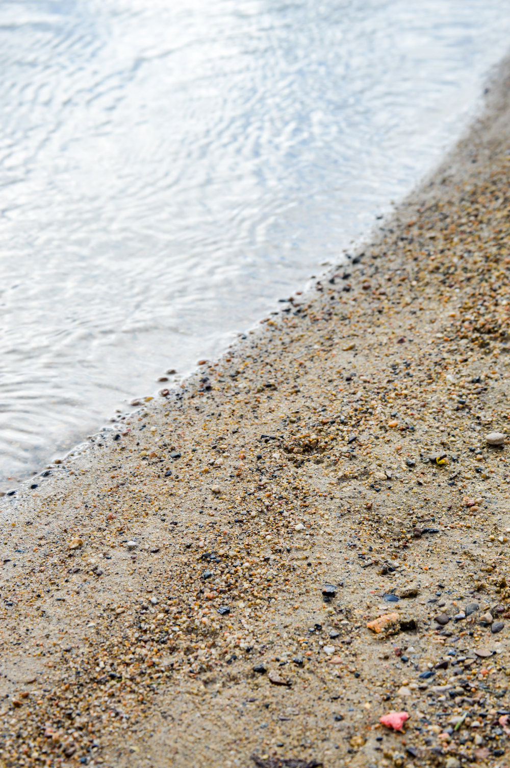 A simple beach near the house we stayed in for the weekend. Beauty in simplicity. Great image.