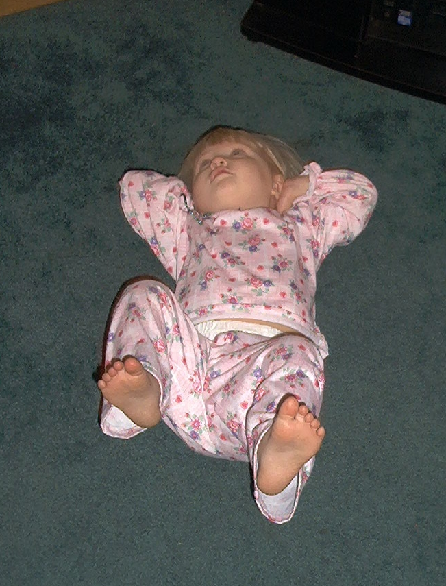 Talia as a little girl worked out with me. Here she was doing a sit-up!
