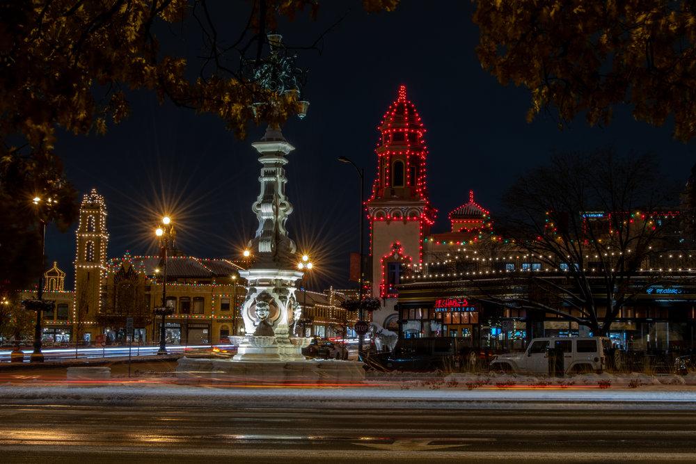 christmas-in-kansas-city-44-of-70_45163505965_o.jpg