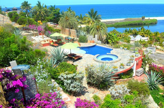 Los Colibiris Casitas overlooking the Pacific Ocean