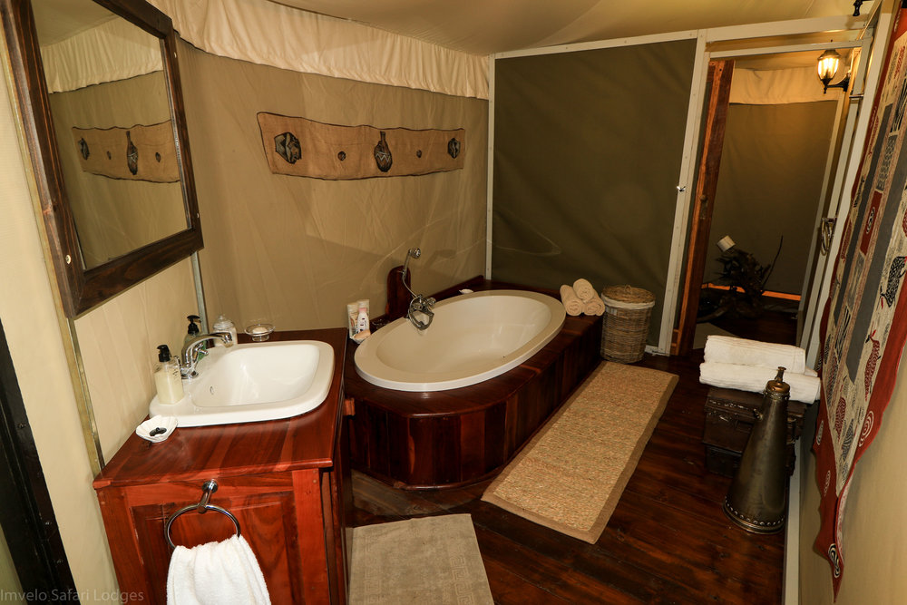 21g - Imvelo Safari Lodges - Bomani - Both rooms have en suite bath basin outdoor shower and loo behind door.jpg