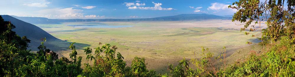 Ngorongoro crater panorama.jpg