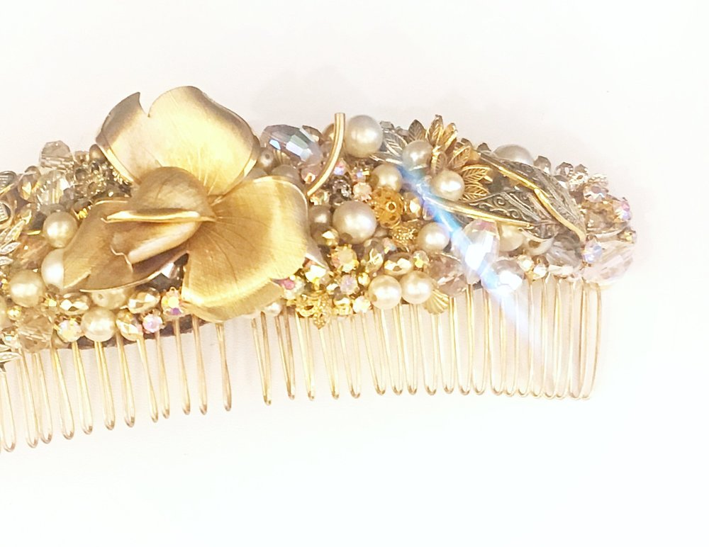 anna-louise ADORNMENTS - We thought we needed a bit of sparkle! And we found the perfect companion to our gowns. These hair pieces are lovingly created by hand from vintage and up-cycled jewellery. The pieces we stock are truly stunning and give you bit of bling without the traditional over done tiara!