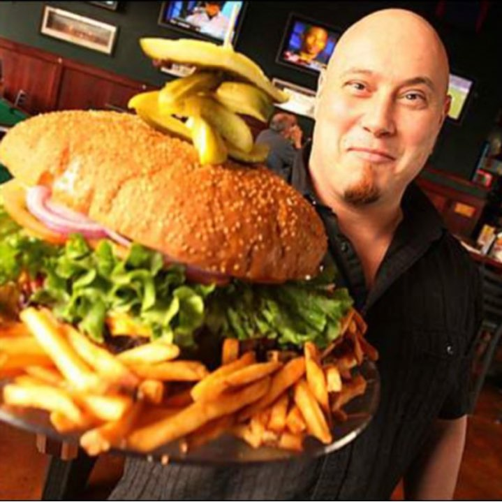 Owner, Steve Mallie Presenting the Ten Pound Burger, 2007.