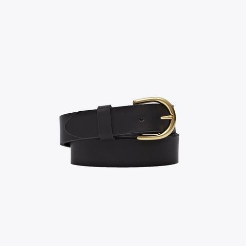 9. Black Belt - The last time I bought a belt was in 2015, which is probably why it's about to tear into three pieces. It's time for a refresh for sure, and I'm going with Nisolo for this one.