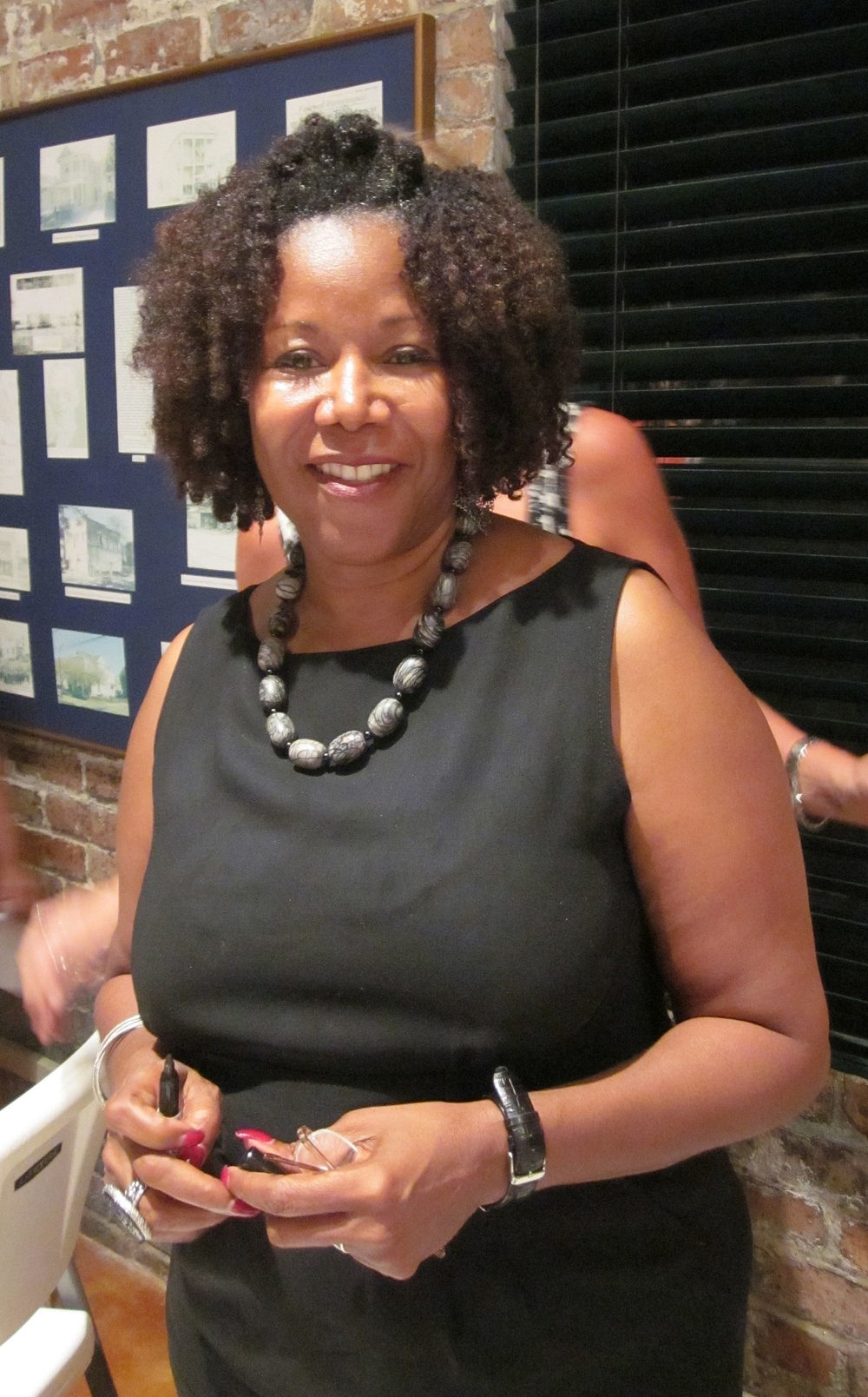 1200px-Ruby_Bridges_21_Sept_2010.JPG