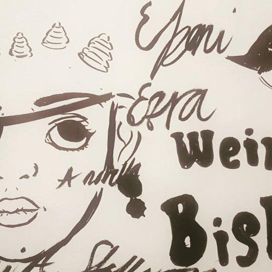 Doodle I did on the plane on the way to Ireland  #brush #brushpen #sketch #weird #weirdbish #bish #blackandwhite #juno #art #wecozybroke #blackqueer #black #queer #blackqueerart #blackqueerartist