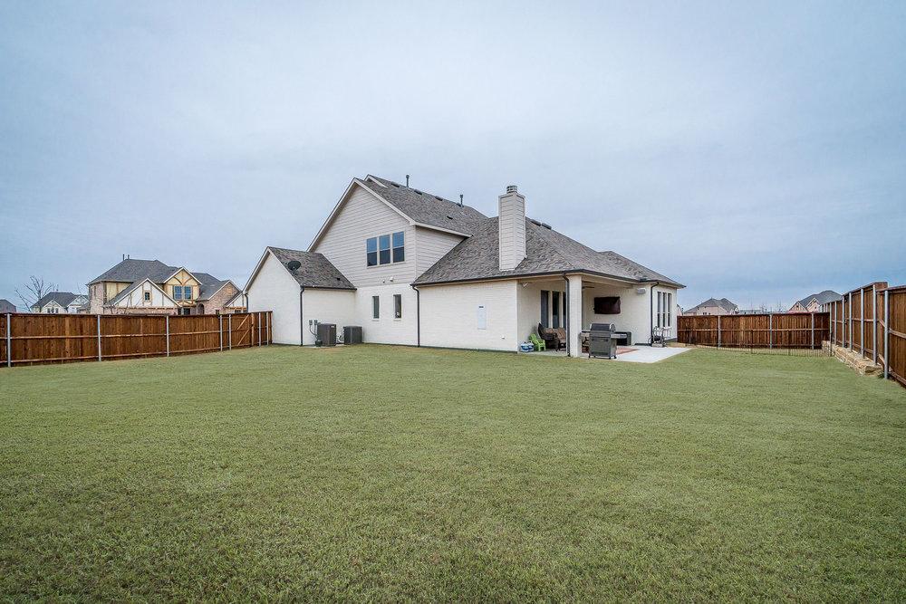 1631 Hollyhock Drive Celina Texas 75009 (10).jpg