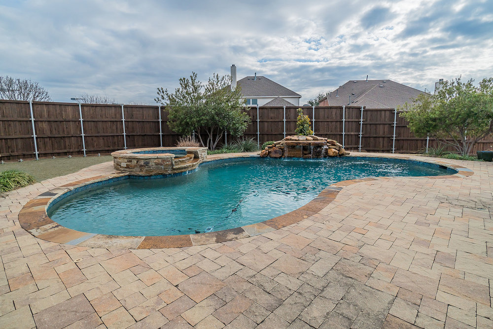 13633 Hemlock Trail Frisco Texas 75035 (33).jpg