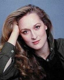 220px-Meryl_Streep_by_Jack_Mitchell.jpg