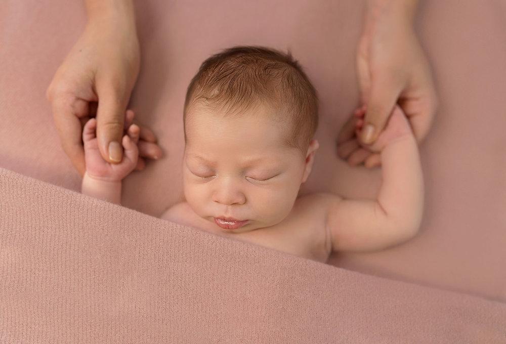 Chloe-Baker-Newborn-Images-194-copy.jpg