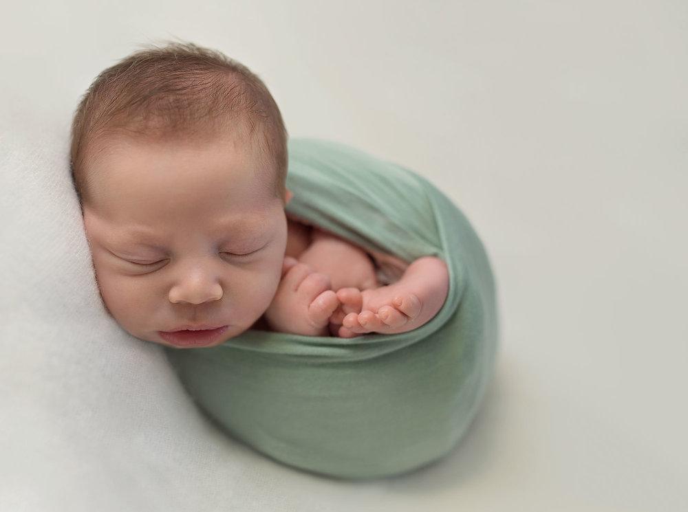 Chloe-Baker-Newborn-Images-080-copy.jpg