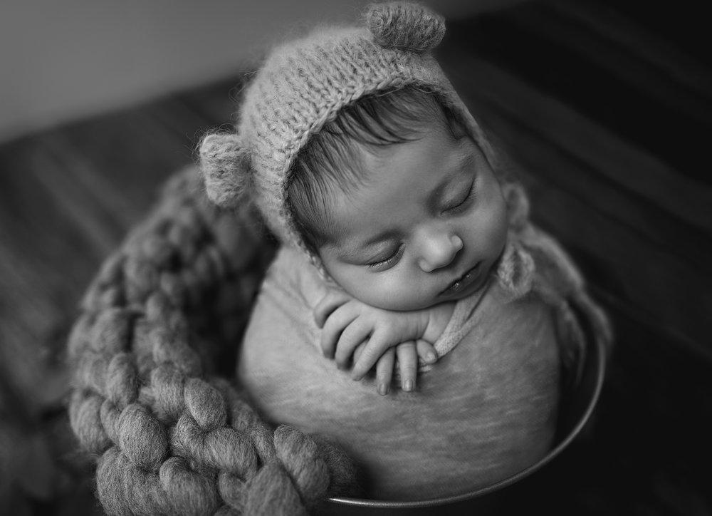 Newborn baby family photographer Fremantle Perth